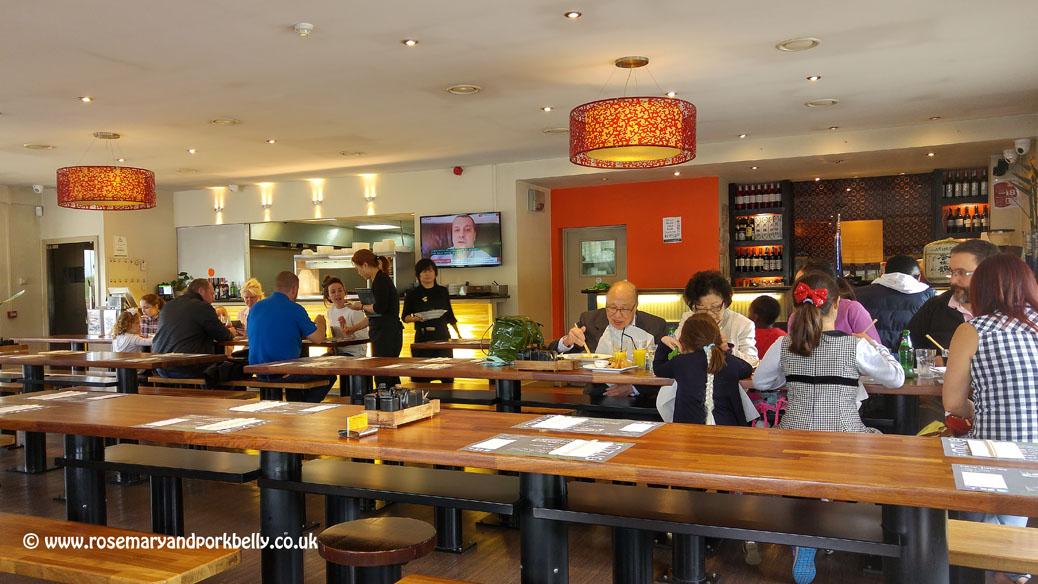 Mizu restaurant interior - Mizu Brentwood
