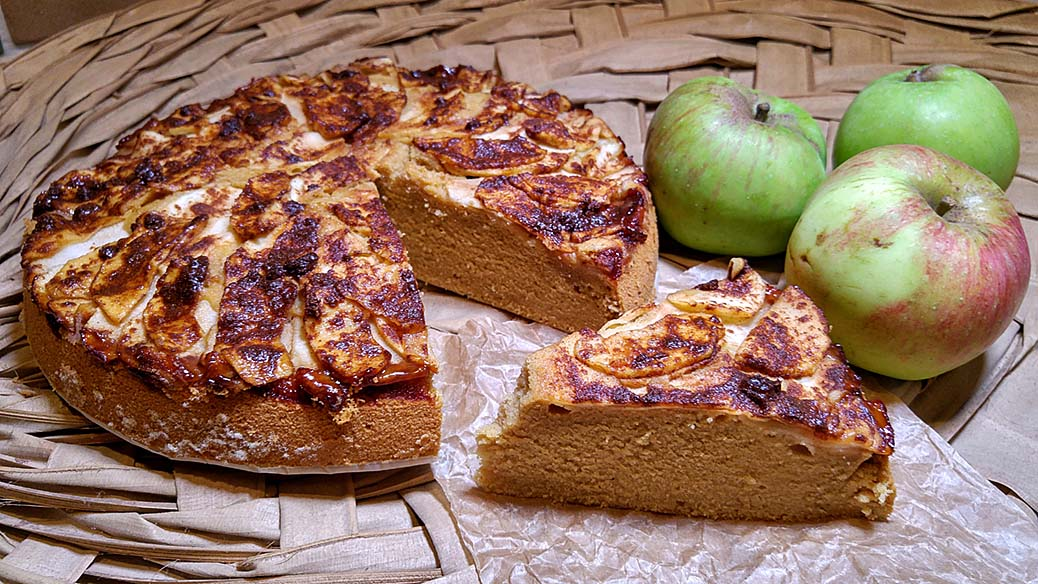 Apple and Brandy cake