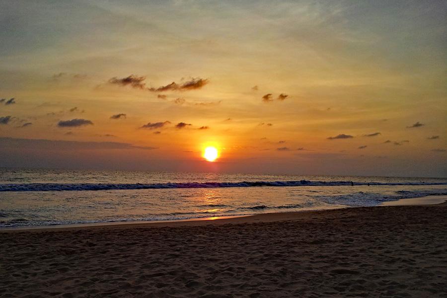 Sunset over Hikkaduwa beach - Sri Lanka