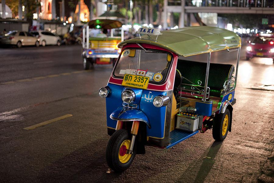 Tuk Tuk (Taxi) - Bangkok Thailand